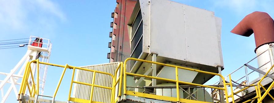Cameroun Perenco Ebomé Plateforme offshore Caisson de filtration d'air Solar Centaur 40 Elimination de l'humidité Embruns marins Capotage acoustique Alternateur Elimination du sel Total Exxon BP Chevron Mer du nord