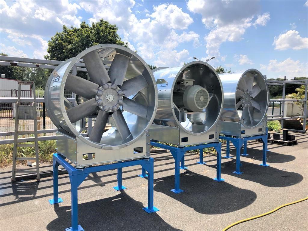 Ventilation de centrale à moteur HFO Moteur diesel  MAN 18V51/60TS Kossodo Burkina Faso Sonabel Unité de ventilation salle des machines Moto-ventilateur axiaux Ventilateur Unité de ventilation côté générateur AAF Clarcor  Boet Stopson IAC